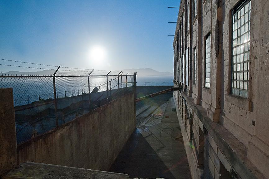 Alcatraz-13