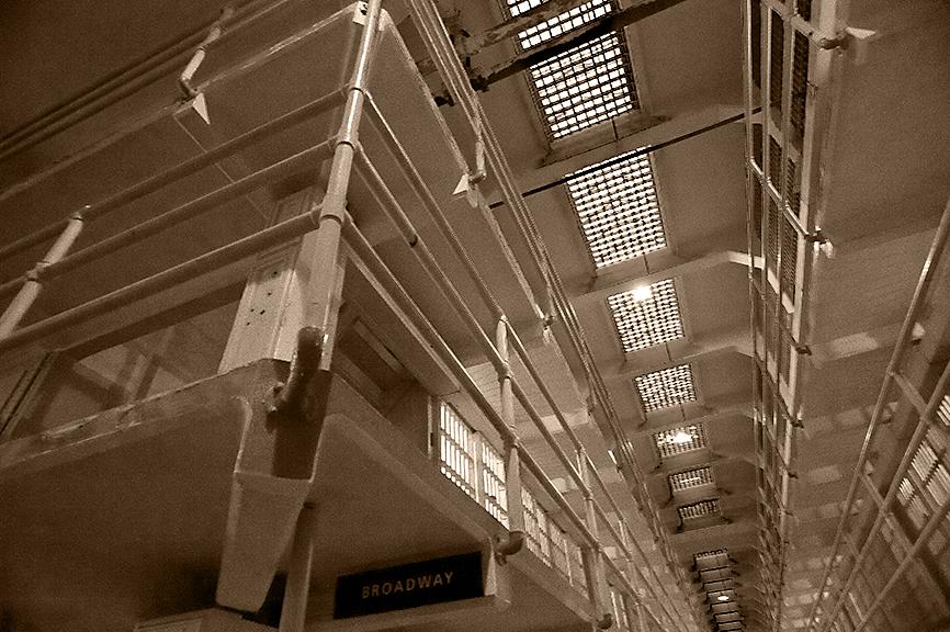 Alcatraz-17