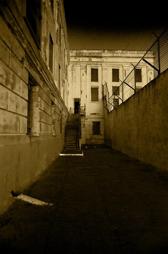 Alcatraz-18
